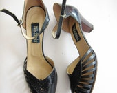 Vintage 1970s Navy Blue Mary Jane Sandals / 70s Dark Blue Low Heel Shoes by Nickels / Size 10