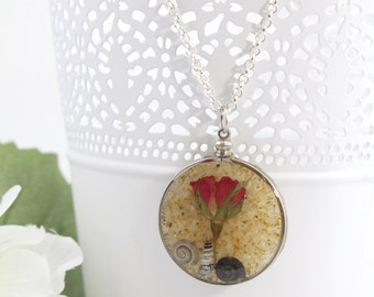 Rose Jewelry, Rose Necklace, Resin Jewelry, Red Rose Pendant, Beach Jewelry, Ocean Jewelry, Pressed Flower Jewelry, Gift for Her - R24