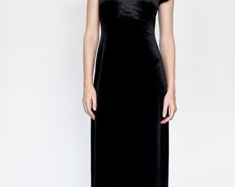 Black Crushed Velvet maxi dress