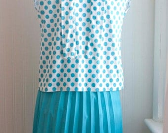 Vintage Secretary Blouse Skirt, 1960s Blue Polka Dot Top with Matching Pleated Skirt, Pussy Bow, Size M 8P, Mad Men Style 60s