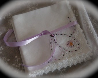 Lovely Set of 4 Vintage Luncheon Napkins Hand Embroidered & Crocheted  Vintage Retro Textiles