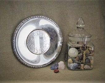 Shabby Vintage Silver Plate Tray / Wm A Rogers Meadowbrook Tray / Cottage Chic Silver Plate Tray