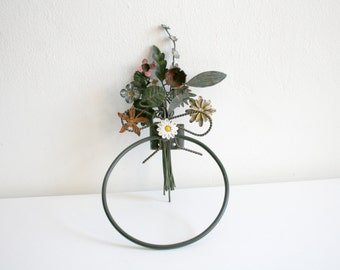 French Tole Bouquet Towel Holder