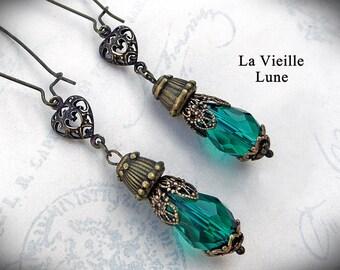 Emerald Victorian Earrings - Green Gothic Earrings, Teardrop Art Nouveau Earrings, Victorian Jewelry
