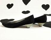 80's black rhinestone studded kitten heels 1980's jeweled evening shoes / pumps / diamond / crystal / prom / party heels / flats 9.5 M 9 1/2
