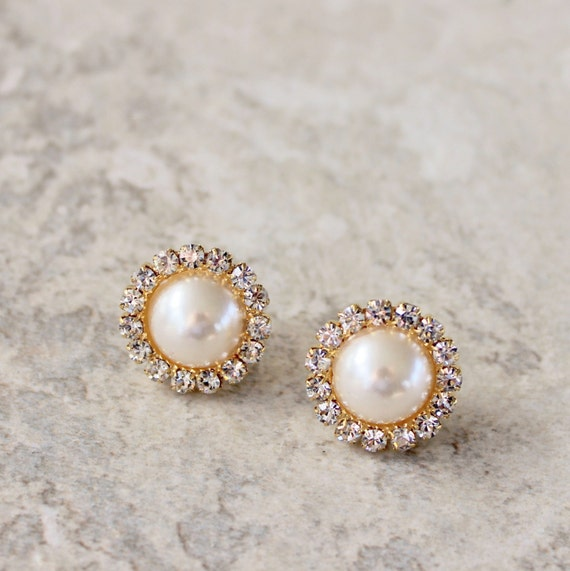 gold and pearl earrings pearl and gold by petalperceptions