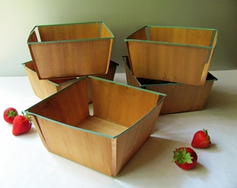5 Vintage Wooden Berry Baskets LARGE Metal Rims Wood Box Strawberry Blueberry Fruit Garden Storage Display Supplies Orchard Farm Country Art