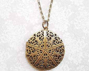 Locket Necklace Gold Brass Filigree Locket Round Vintage Style Pendant Picture Locket Romantic Long Chain Necklace Secret Hiding Place