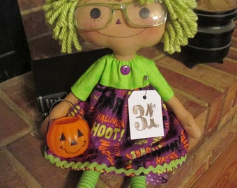 Green Haired Ragged Loves Halloween