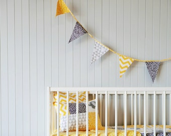 Bunting flag in yellow and gray.