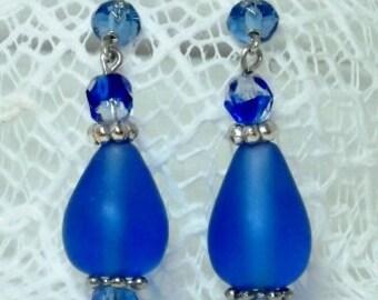Blue Luster Dangled Earrings