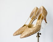 1950s vintage shoes / gold glitter high heels / size 7 / size 37.5