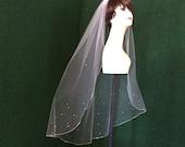 Swarovski Wedding Veil Crystal Rhinestone Sheer Fingertip Bridal Veil with Silver Pencil Edge Trim