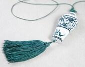 Ceramic Oriental Tassel Necklace - Hand Painted Vintage Ceramic Tassel Necklace - Ceramic White And Jade Tassel Necklace - Crane Necklace