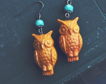 vintage mustard owl earrings.