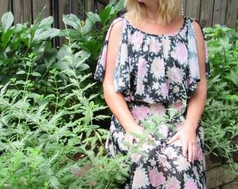 Vintage 70s Boho Hippie Goddess Tea Dress / 1970s Sheer Floral Flutter Sleeve Day Dress with Pink Peony Flowers Full Skirt / Small- Medium