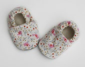 Pink Bird Organic Cotton Baby Shoes -  0 3 6 12 18 months Shoes / Booties Eco Friendly Pink Birds and Winter Berries on White
