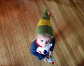 Elf Hat // Baby & Toddler size // green felt // photo opp Christmas Hat // stretch to fit