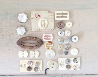 vintage buckles & buttons