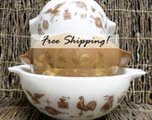 Pyrex Bowls Nesting Set of 3 Casserole Mixing Early American Cinderella Vintage