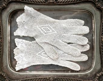 White Crochet Gloves - Antique Wedding