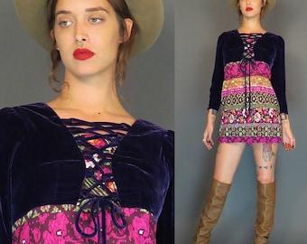 vintage mod purple velvet and  psychedelic mini dress // lace up bust // babydoll dress // boho