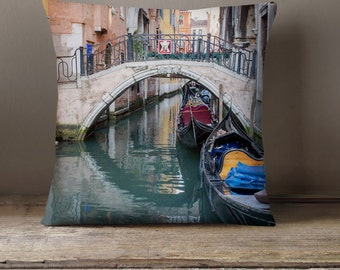 Venice Canal Decorative Throw Pillow Cover, Fine Art Photography Pillow Case, Italy Decor, Venice Pillow, Travel Gift, Italy Pillow