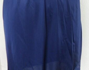Vintage Vanity Fair Half Slip Blue Lace Size Small