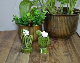 Vintage Cactus Cactus Salt & Pepper Shakers Cactus Figurines Green Cactus Cacti Southwestern Decor