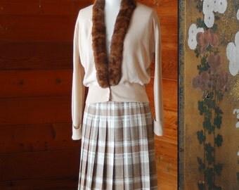 vintage Pendleton neutral plaid pleated wool skirt / size medium