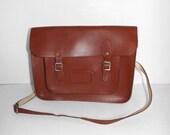 Vintage 70s large brown tan leather traditional school satchel saddle shoulder bag handbag