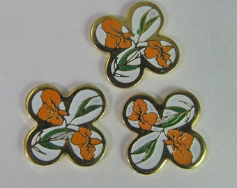 4 Vintage Light Orange and White Flower Enamel Quatrefoil Cabochon Finding Cb97