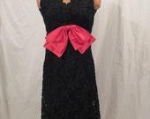 MISS ELLIETTE black lace cocktail dress - hot pink satin bow - sz XS