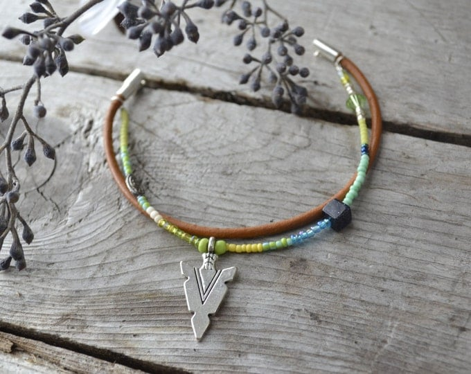 beaded leather double wrap arrowhead stacking bracelet, friendship jewelry, bridal party gifts, bohemian summer festival jewelry, mom gifts