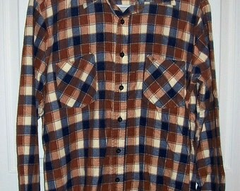 Vintage Men's Navy & Brown Plaid Flannel Shirt by Kingsport Medium Only 7 USD
