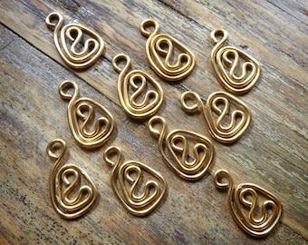 Brass wire charms, 10 pcs, swirl dangles, tear drop shape artisan made jewellery findings, 20ga wire, handcrafted findings.