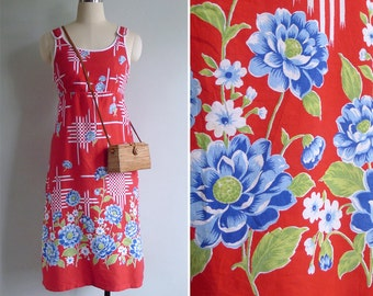 Vintage 70's Red Op Art Kitschy Blue Floral Button Dress S or M