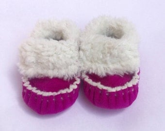 Pink, TotMocs,  Baby Moccasins, soft soled shoes, crib shoes, slippers, Pink Shoes