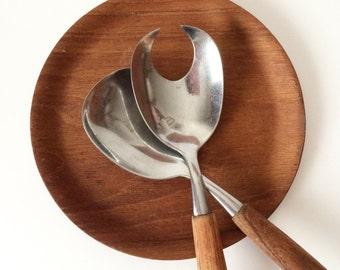 """Mid Century Modern 5.5"""" Round Raised Edge Bentwood Teak Plate / Spoon Rest / Pillar Candle Holder - Stamped SWEDEN"""