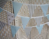 "Banner, bunting. 5""x 7"" flags. Grey (gray), pale blue & white.  Stars, chevrons, dots, stripes. Single-sided flags. Per metre (39"")."