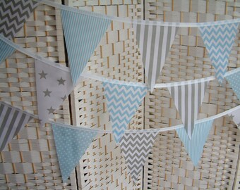 "Banner, bunting. 5""x 7"" flags. Grey (gray), baby blue & white.  Stars, chevrons, dots, stripes. Single-sided flags. Per metre (39"")."