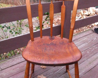 Dreamy Early 1800s Arrowback Windsor. Traces of Original Paint