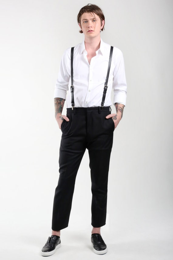 Suspenders For Men. Add a touch of class and tradition to the more dressed-up options in your wardrobe with suspenders for men. Still the preferred method of holding up trousers by fine clothing stylists, the suspender may have lost popularity to the belt, but it has never gone completely out of style.. Suspenders for men, when fitted properly, are more comfortable than belts because they do.