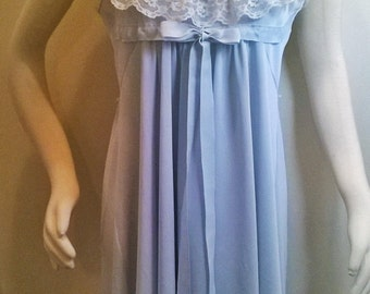 Baby Blue Nightgown -Vtg TUX RUFFLES- White LACE + Ribbon Bow -Empire Baby Doll Style -Large 39 Bust Nightie Negligee