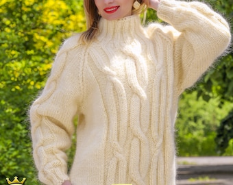 100% handmade mohair sweater in ivory by SuperTanya - M L size