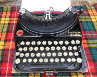 Antique Remington Portable Typewriter Model 2 with Case 1920s Working Condition Keys Literary Wedding Photo Prop Great Gatsby