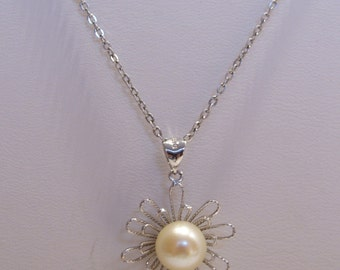 Sterling Silver Flower and Pearl Pendant Necklace