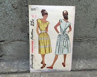 40's Simplicity 2071 Pattern Misses' One-Piece Dress with Bows, Sun Dress - Size 16 Bust 34