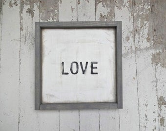 Simple little black love Sign