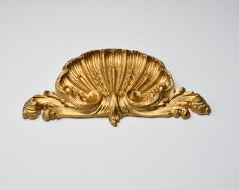 Pair Vintage Gild Ornate Shell Pediments Furniture Architectural Trims Onlay Applique Findings Cottage Chic Molding Decor